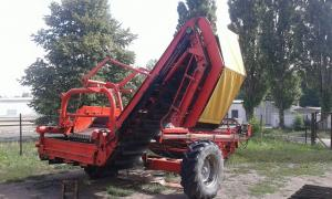 Potato harvester Grimme DL 1500 (the onion picker)